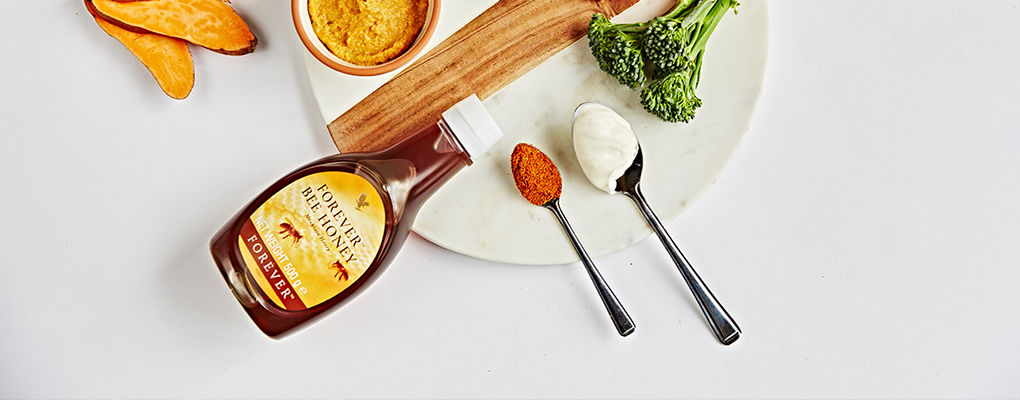 Banner image for the article Cosy Autumn Recipes featuring Honey